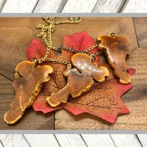 Vntg Wooden Necklace